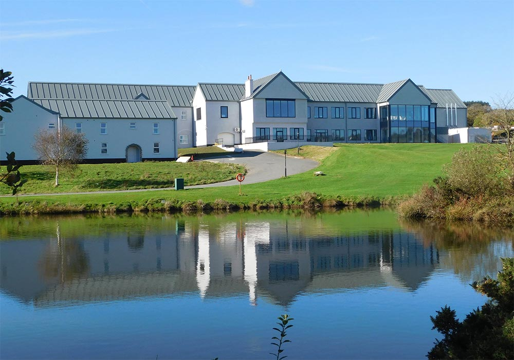 4* Comis Hotel & Golf Resort, Isle of Man Holidays