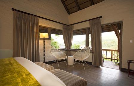 Entebeni_Lakeside-Lodge_room.jpg