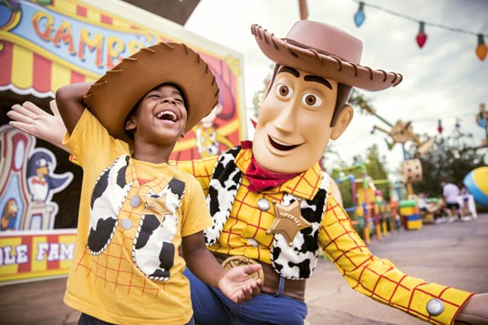 0622ZS_DHS_Toy_Story_Woody_Meet_and_Great_A_PMM_0521_JB.jpg