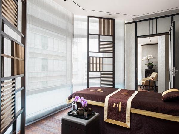 Langham-Hong-Kong-Hotel-Chuan-BodySoul-Spa-Treatment-Room-lores.jpg