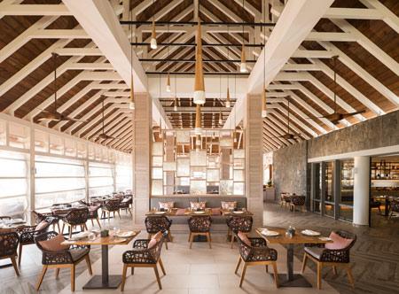 Anantara_Iko_Mauritius_Resort_And_Villas_Restaurant_Horizon.jpg