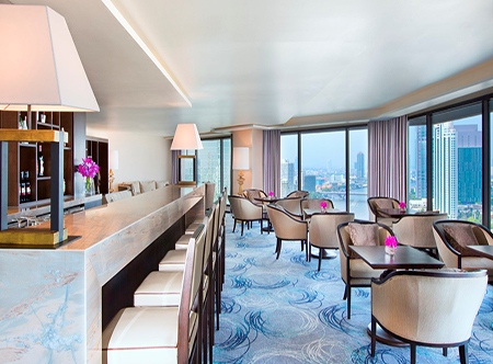 Royal_Orchid_Sheraton_-_Sheraton_Club_Loung.jpg