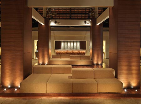 Hyatt_Regency_Kuantan_Resort_-_Lobby.jpg