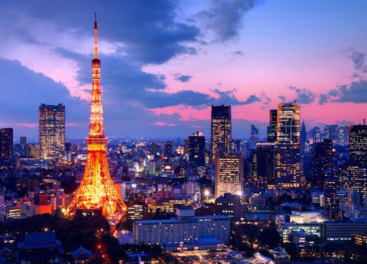 Tokyo_Towershutterstock_129611225.jpg