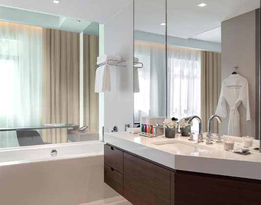 Manzil_Downtown_-_Deluxe_Room_Bathroom.jpg