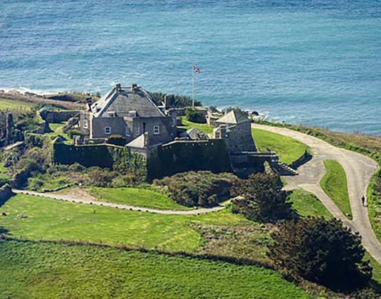 Star_Castle_-_Aerial_View.jpg