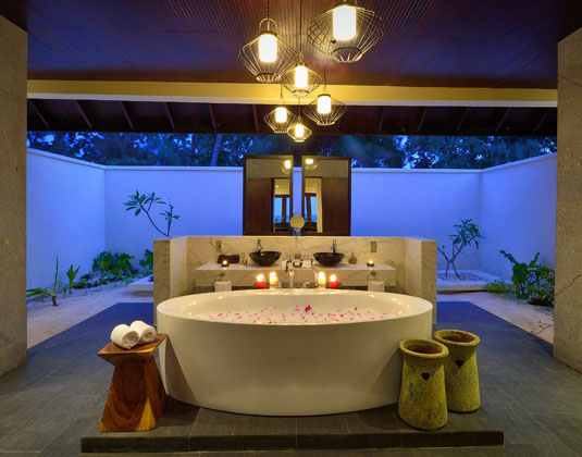 OBLU by Atmosphere at Helengeli  - Sunset Pool Villa Bathroom
