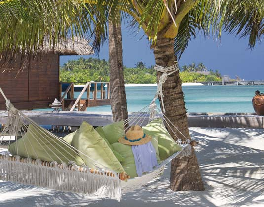 Anantara Veli Resort & Spa -  Hammock on beach