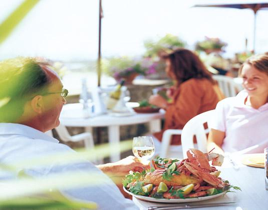 St_Helier,_Seafood_Dinner.jpg