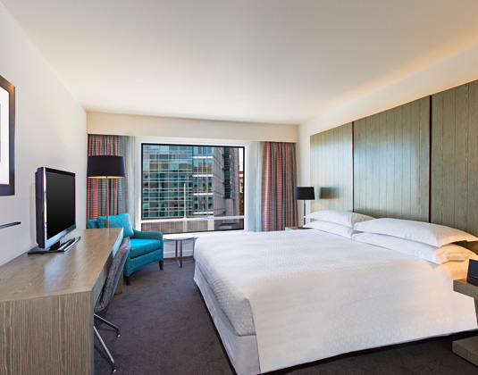 Four_Points_by_Sheraton_Sydney_-_Premium_City_Side_Room.jpg