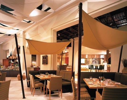 Shangri-La's Barr Al Jissah Resort & Spa - Al Tanoor Al Bandar