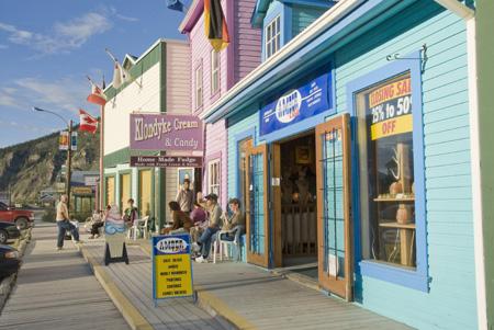Dawson_City_street_scene.jpg