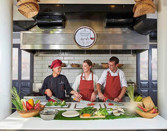 Sofitel_Luang_Prabang_-_Cooking_Class.jpg