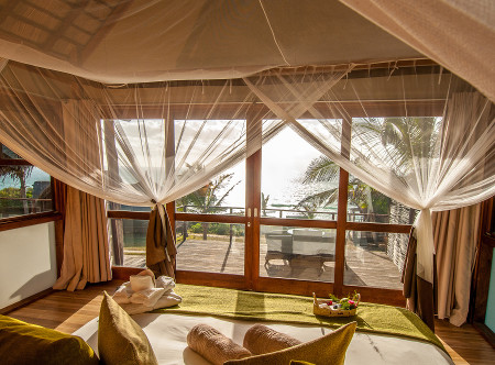 Massinga_Beach_Lodge_-_Bedroom.jpg