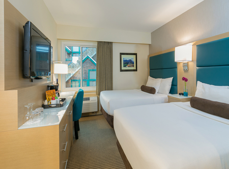 Crystal_Lodge_Whistler_-_Double_Room.jpg