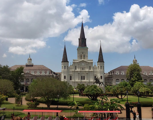 New_Orleans_Excursions_Jackson_Square.jpg