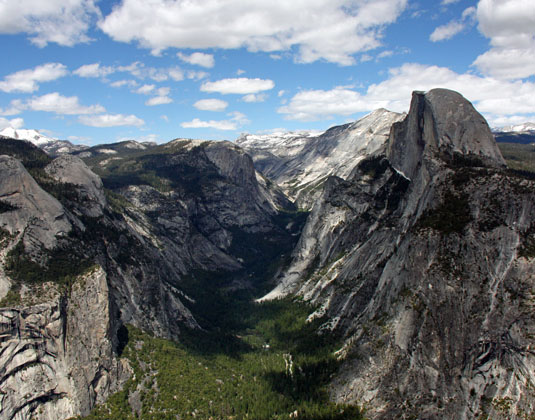 Best_of_the_West_View_of_Yosemite_Valley.jpg