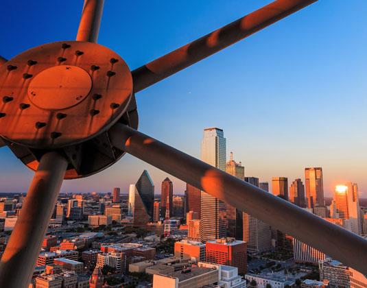 Lone_star_Dallas.jpg