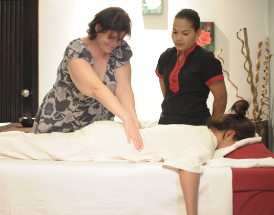 Khmer Traditional Massage lesson excursion