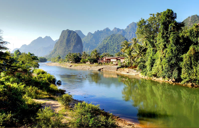 Vang-Vieng,-Laos.jpg