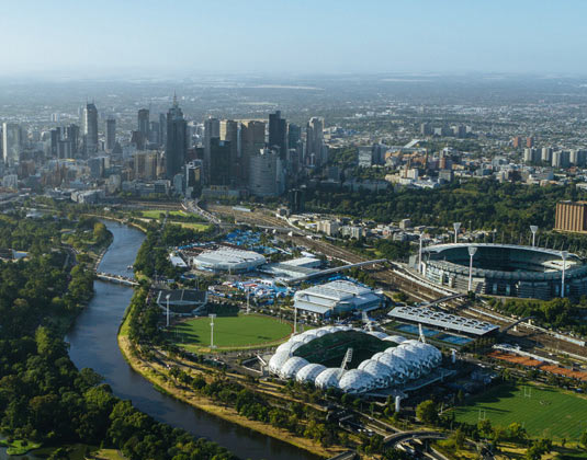Ultimate Sports Tour with MCG, RLA & Museum excursion