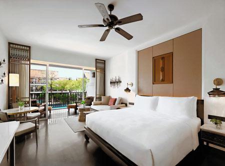 Jw-Marriott-Khao-Lak_deluxe-pool-view-room.jpg