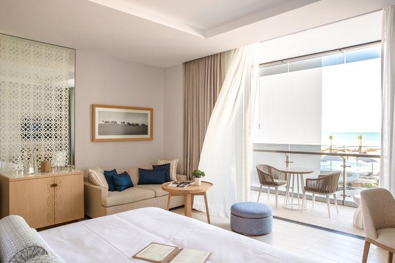 Jumeirah-at-Saadiyat-Island-Resort-Ocean-Deluxe-King-Room.jpg