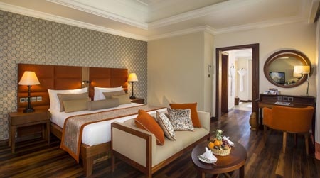 Maradiva_Luxury-suite-interior.jpg