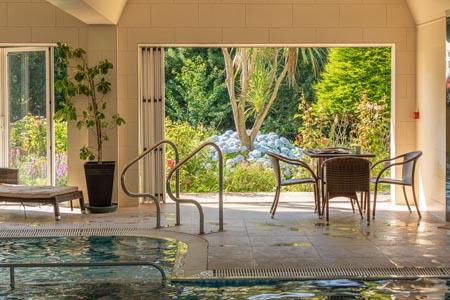 Les-Rocquettes_pool-into-garden-2019.jpg