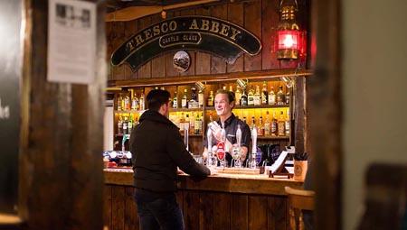 New-Inn-Tresco_bar.jpg