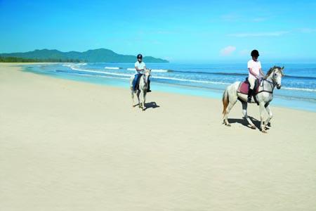 Shangri-La-Rasa-Ria_Horse-Riding-1.jpg