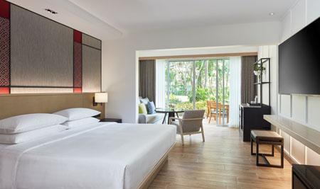 Hyatt-Regency-Hua-Hin_Deluxe-Room-King.jpg