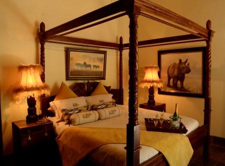 15398_3_Elandela_luxury_room1.JPG