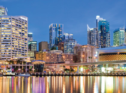 1_Parkroyal_Darling_Harbour_Exterior.jpg