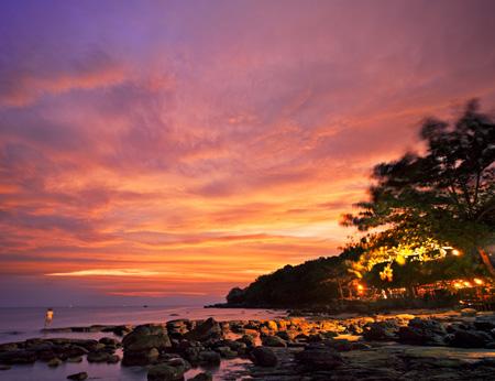 Cambodia_Beach_Sunset_-_Sihanoukville.jpg