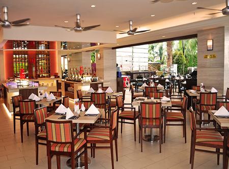 Holiday Inn Resort Penang - Restaurant