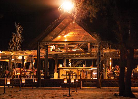 Ho-Tram-bar-at-night.jpg