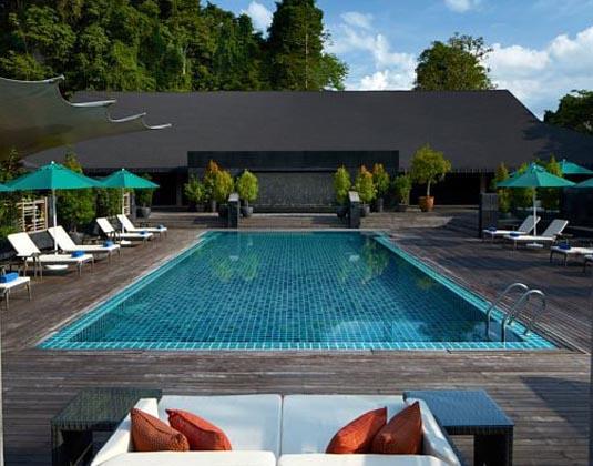 Mulu_Marriott_-_pool.jpg