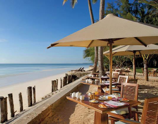 Bluebay_Beach_Resort_-_Breakfast.jpg