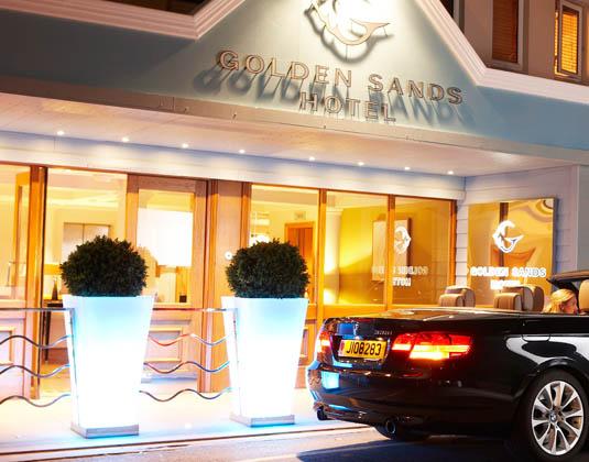 Golden_Sands_-_Entrance.jpg