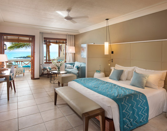 Constance_Belle_Mare_Plage_-_Junior_Suite_Bedroom_with_Seaview.jpg