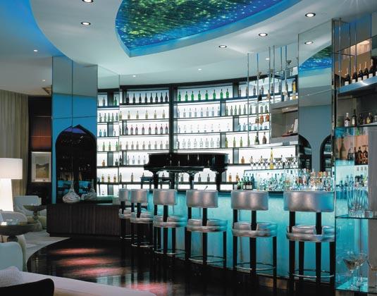 Shangri-Las_Barr_Al_Jissah_Resort_and_Spa_-_Al_Bandar_Hotel_Piano_Lounge.jpg