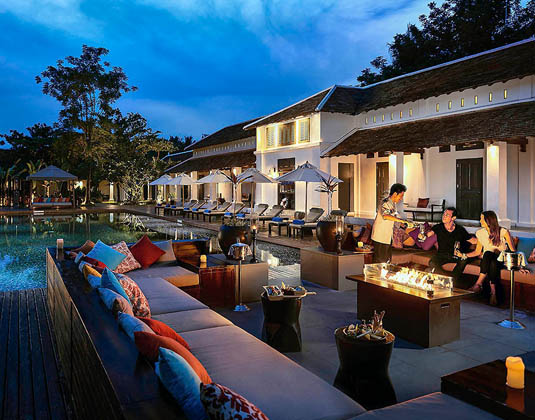 Sofitel Luang Prabang - Drinks by the pool