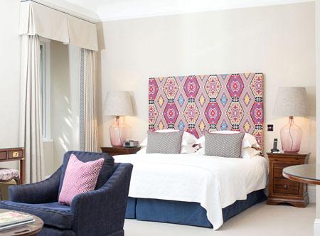 Longueville-Manor_Deluxe-Room-1.jpg