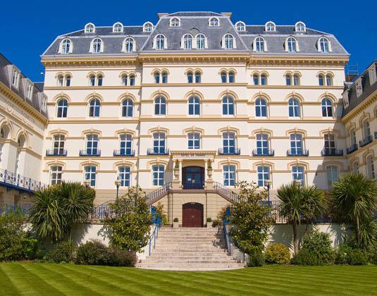 Hotel_de_France_-_Front_View.jpg