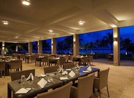 Amaya_Beach_Passikudah_-_Restaurant.jpg