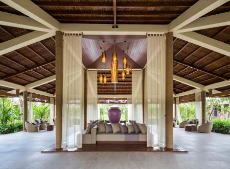 Fusion_Resort_Phu_Quoc_-_Spa_Reception.jpg