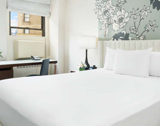 Stewart_Hotel_-_Superior_Room.jpg