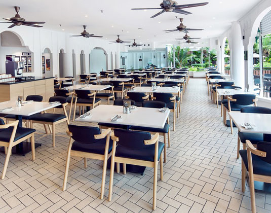 Bayview_Hotel_Penang_-_Coffee_House.jpg