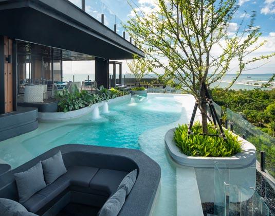 X2_Vibe_Pattaya_Seaphere_Residenc_-_Pool_2.jpg